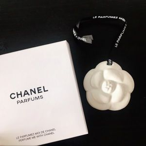 Auth ✨Chanel Camelia Ceramic Charm for vip